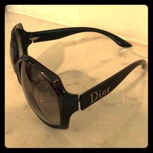 Dior glossy sunglasses